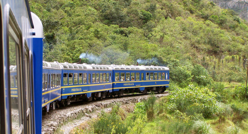 PeruRail Expedition Train